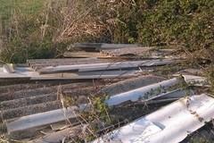 Eternit, rifiuti e scarti edilizi in zona Catenaccio
