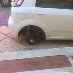 Furti di pneumatici alle auto in sosta: nuovo caso a Margherita