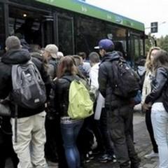 Difficoltà nei trasporti: è rimasto solo il pullman
