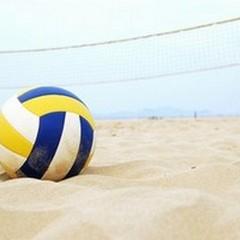 A Trinitapoli il beach volley in piazza