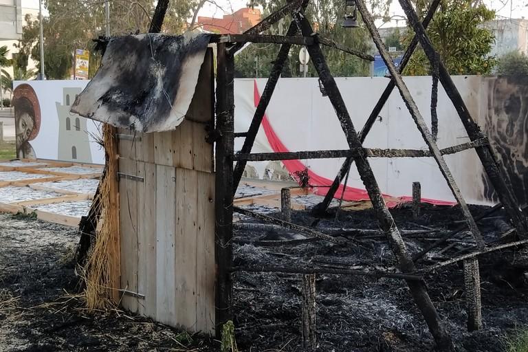 Pagliaio fiamme. <span>Foto Giuseppe Capacchione</span>