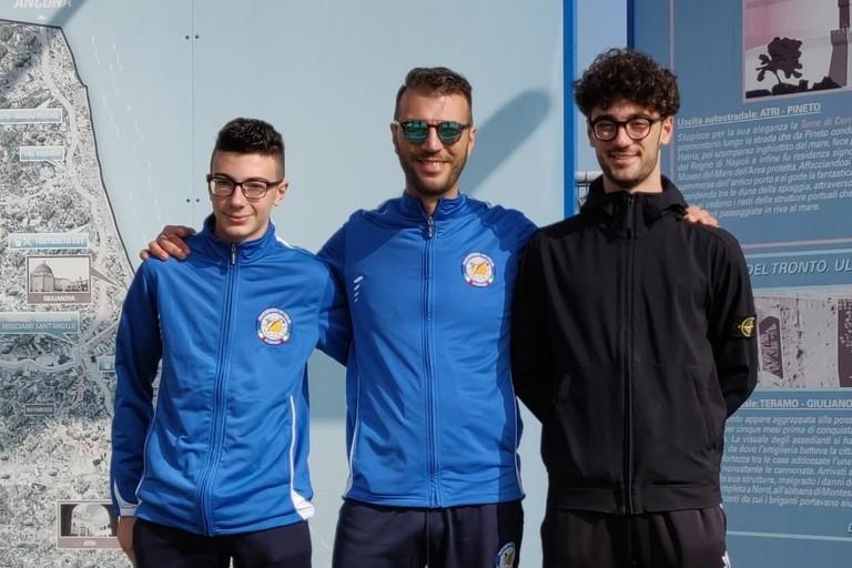 Nicola Daloiso (al centro)