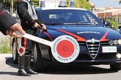 Folle inseguimento sulla ss16, carabiniere ferito. Preso un 41enne