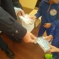 Mascherine in dono ai bambini e al personale delle scuole d'infanzia comunali