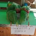 Frutta e verdura gratis per i meno abbienti: l'iniziativa di un fruttivendolo