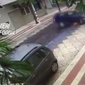 Si schianta contro auto in sosta a 120 km/h e poi aggredisce i carabinieri, arrestato